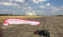 """Ziel der letzten Flugaufgabe der """"German Flatlands"""": der ehemalige Militärflugplatz Altes Lager. Foto: Rolf Mößmer"""